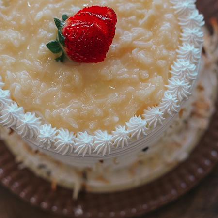 Torta de Morango com Cocada